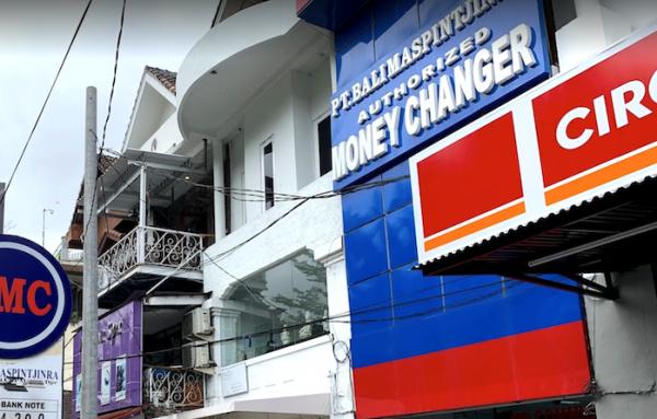 bali-money-changer3